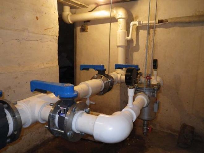 Подача горячей воды в многоэтажный дом