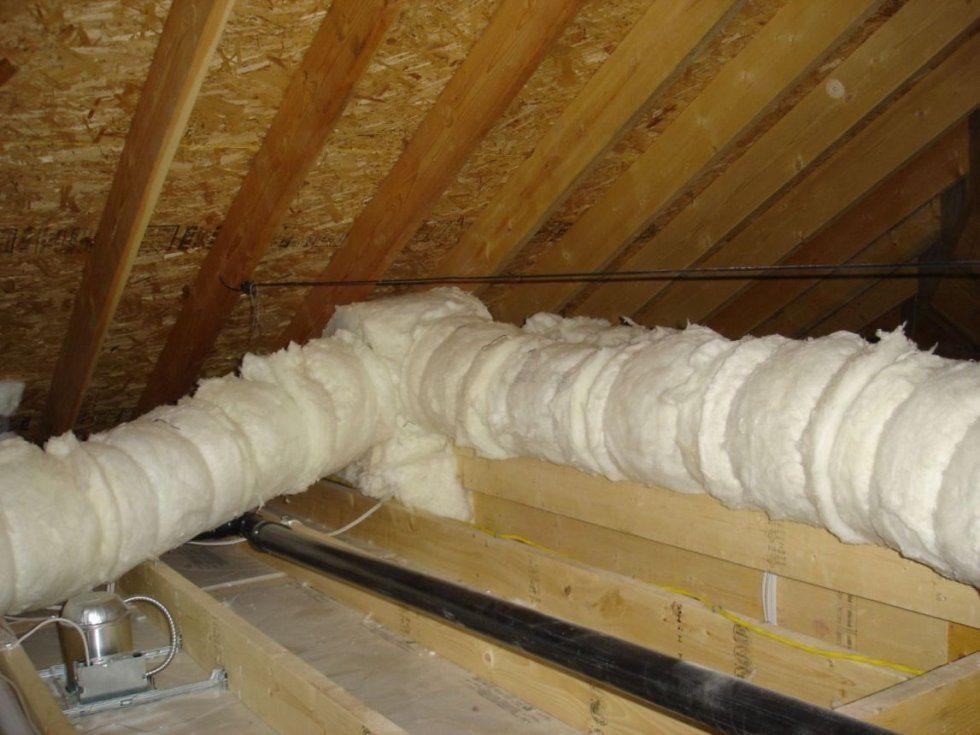 утепление труб отопления на чердаке