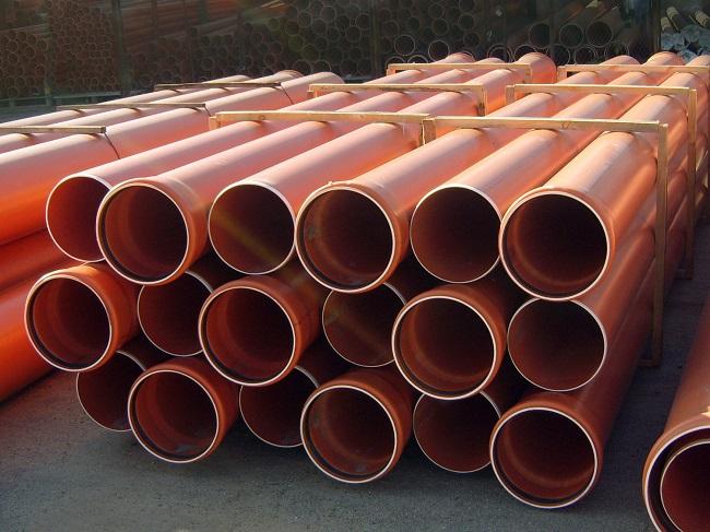 пластиковая труба 200мм